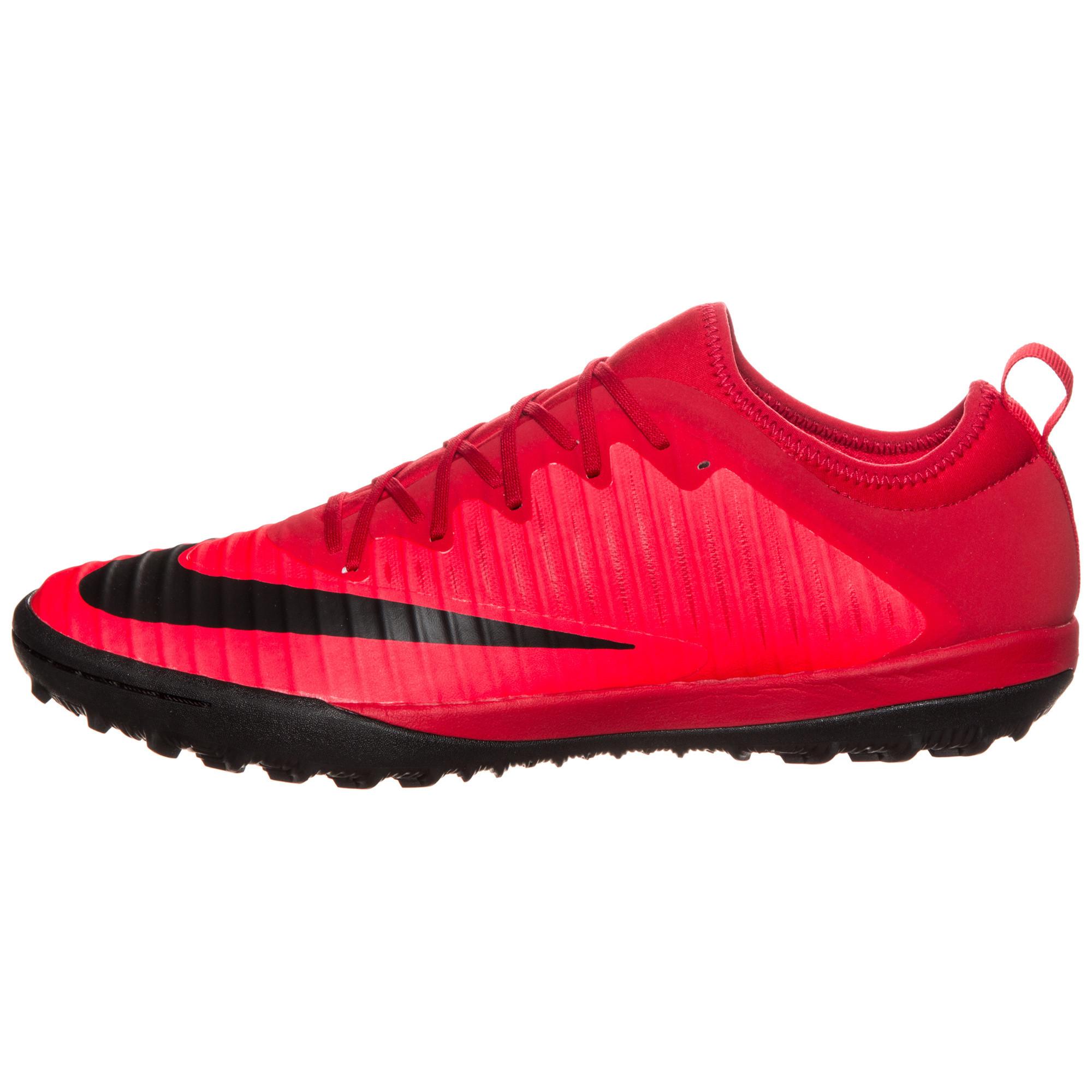 Nike mercurialx finale ii tf nike marques for Univers du jardin maule 78